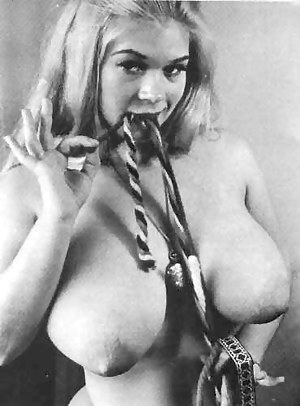 Big Tits Vintage Porn Pictures